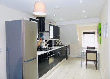 1 bed flat to rent in Tudor Street, Cardiff CF11