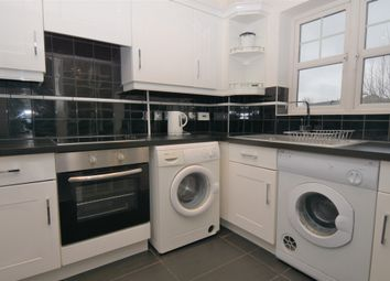 Thumbnail 2 bedroom flat to rent in North Street, Hornchurch