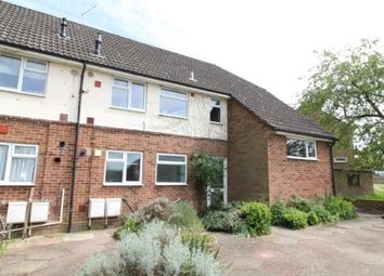 2 bed flat to rent in St. Johns Road, Hartley Wintney, Hook RG27