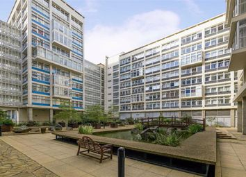 Newington Causeway, London SE1. 2 bed flat