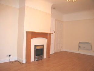 Thumbnail 1 bed flat to rent in Suncourt Villas, Gosport