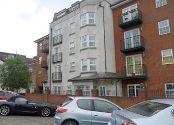 Thumbnail 2 bedroom flat for sale in Ravens Court, Alexandra Road, Southend-On-Sea