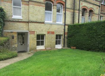 Thumbnail 2 bed flat to rent in South Park, Sevenoaks, Kent