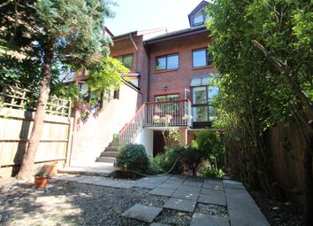 Thumbnail 5 bedroom terraced house to rent in Broadlands Road, Highgate