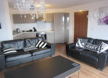3 bed flat to rent in Sillavan Way, Salford M3