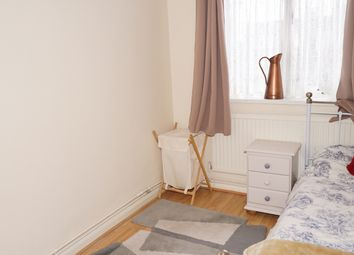 Thumbnail Room to rent in Jamaica Street, London