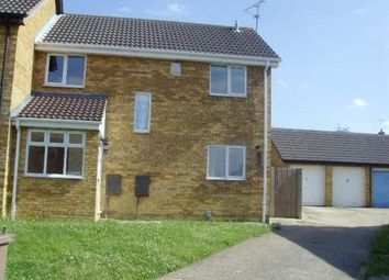 3 bed semi-detached house to rent in Partridge Close, Luton LU4
