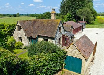 Thumbnail 3 bed detached house to rent in Tythrop, Thame, Bucks