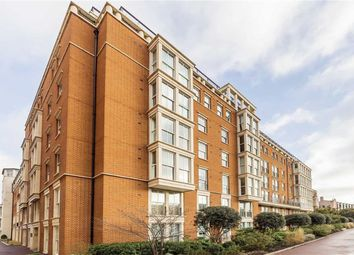 Thumbnail 3 bed flat to rent in Coleridge Gardens, London