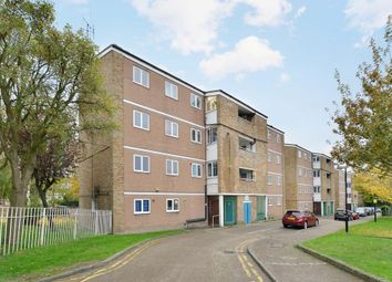 Thumbnail 4 bed flat to rent in Camden Square, London