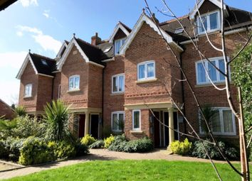 1 bed flat to rent in Executive One Bedroom Apartment, Shireshead Close, Reading RG30