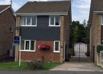 Thumbnail 3 bedroom detached house for sale in Meadow Hill Road, Hasland, Chesterfield, Derbyshire