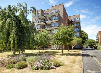 1 bed flat for sale in Cardinal Court, Grand Avenue, Worthing, West Sussex BN11