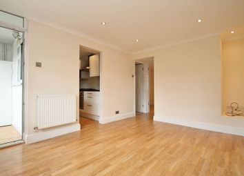 Thumbnail 1 bed flat to rent in Highlands, Watford