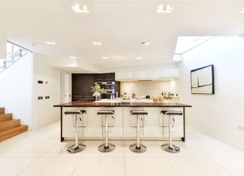 Thumbnail 3 bed terraced house for sale in Bloomfield Terrace, Belgravia, London