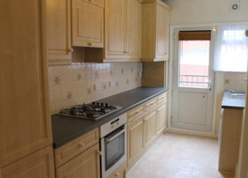 Thumbnail 1 bed flat to rent in Lodge Road, Croydon, London