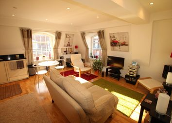 Thumbnail 2 bed flat for sale in Fretherne Road, Welwyn Garden City