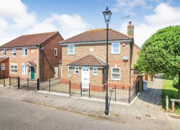 3 bed detached house for sale in Fairford Leys Way, Aylesbury HP19