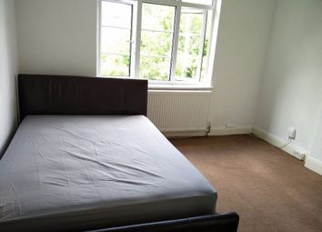 Thumbnail 3 bed flat to rent in Murray Avenue, Twickenham, Middlesex