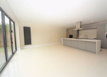 Thumbnail 4 bed detached house to rent in Fareham Park Road, Fareham
