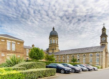 Thumbnail 2 bed flat to rent in Royal Drive, Friern Barnet