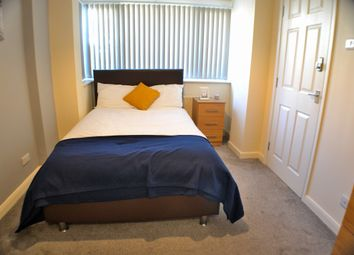 Thumbnail 6 bed detached house to rent in Jackson Avenue, Mickleover, Derby