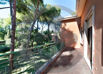 Thumbnail 5 bed villa for sale in Via Della Caffarella, Rome City, Rome, Lazio, Italy