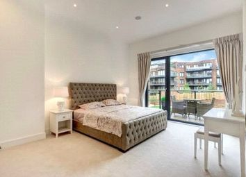 Thumbnail 4 bed flat to rent in Finchely Road, West Hamsptead
