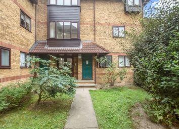 Linwood Close, Peckham, London SE5. 1 bed flat