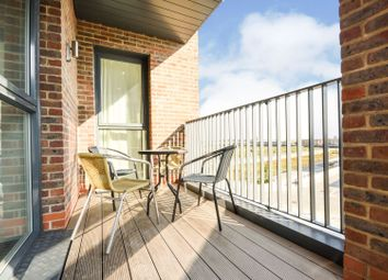 Thumbnail 2 bed flat for sale in 1 Limehouse Wharf, Rochester