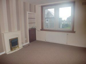 Thumbnail 2 bed flat to rent in Oak Street, Kelty