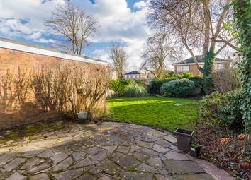 Thumbnail 4 bed property to rent in Cotswold Close, Maidenhead
