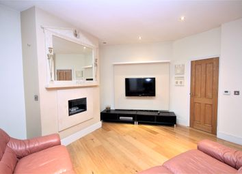 Thumbnail Studio to rent in Hanway Place, Fitzrovia