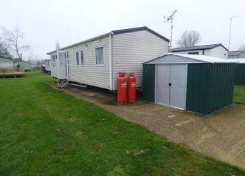 3 bed mobile/park home for sale in Canada Drive, Billing Aquadrome, Little Billing, Northampton NN3