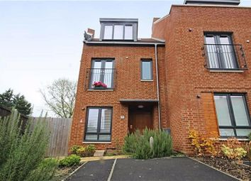 4 bed property for sale in Green Close, Brookmans Park, Hatfield AL9
