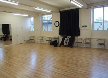 Thumbnail Leisure/hospitality for sale in Gymnasium & Fitness HD1, West Yorkshire