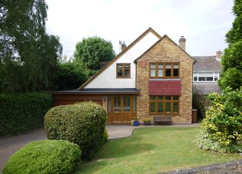 4 bed property for sale in Farm Close, Cuffley, Potters Bar EN6