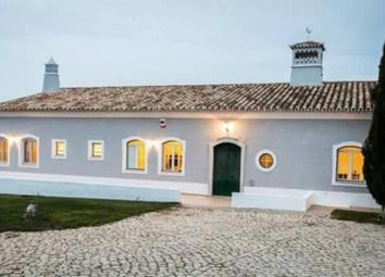 Thumbnail 4 bed villa for sale in Loule, Loulé, Central Algarve, Portugal