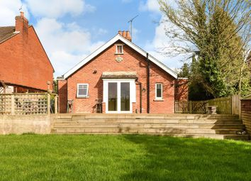 Thumbnail 3 bedroom detached bungalow to rent in Whitley Wood Road, Reading