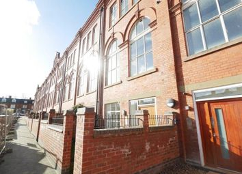 Thumbnail 3 bed town house to rent in Cowper Street, Leicester