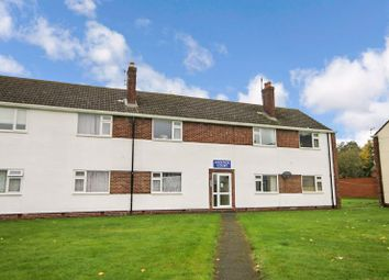 Thumbnail 2 bed flat for sale in Andover Court, Kidlington