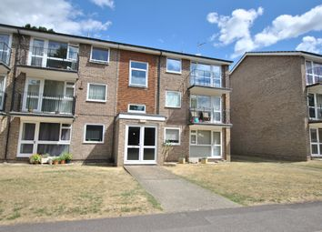 Thumbnail 2 bed flat for sale in Westcote Road, Reading