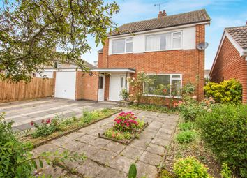 Thumbnail 4 bed detached house for sale in Kew Drive, Oadby, Leicester