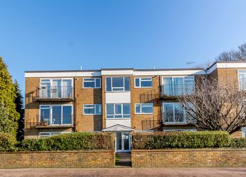 2 bed flat for sale in Cassio Road, Watford WD18