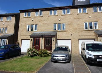 Thumbnail 2 bed town house for sale in Bramston Gardens, Rastrick, Brighouse