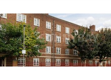 Thumbnail 3 bed flat to rent in Hazlehurst Road, Tooting
