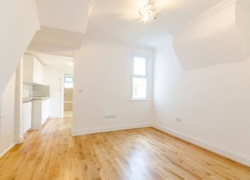 Thumbnail 3 bed flat to rent in Coleridge Road, Walthamstow