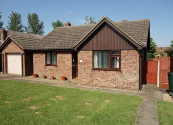 2 bed detached bungalow for sale in Dakings Drift, Halesworth IP19