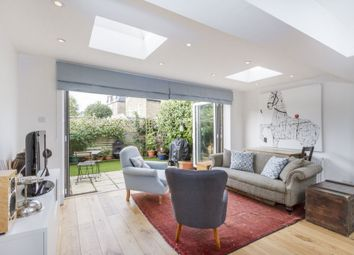 Thumbnail 2 bed flat to rent in Geraldine Road, Wandsworth