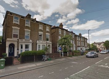 Thumbnail 3 bed flat to rent in Courthill Road, Lewisham, London